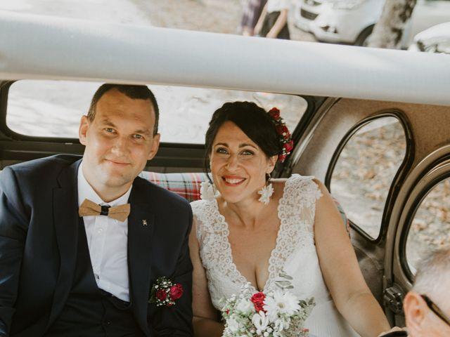 Le mariage de Jonathan et Stéphanie à Saint-Léon-sur-l'Isle, Dordogne 31