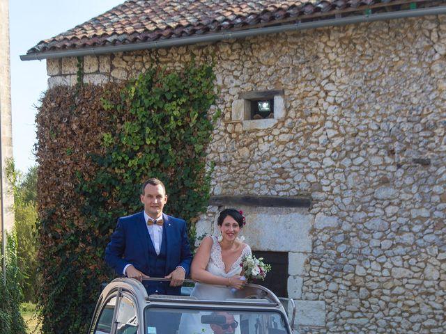 Le mariage de Jonathan et Stéphanie à Saint-Léon-sur-l'Isle, Dordogne 33