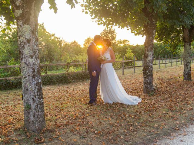 Le mariage de Jonathan et Stéphanie à Saint-Léon-sur-l'Isle, Dordogne 45