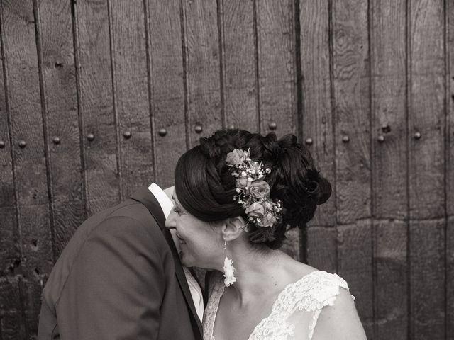Le mariage de Jonathan et Stéphanie à Saint-Léon-sur-l'Isle, Dordogne 52