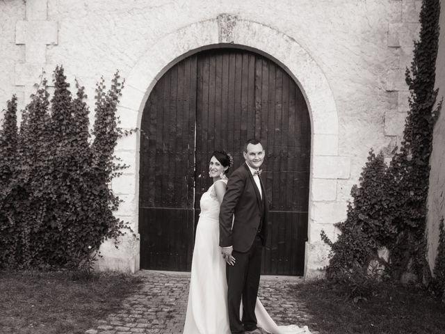 Le mariage de Jonathan et Stéphanie à Saint-Léon-sur-l'Isle, Dordogne 61