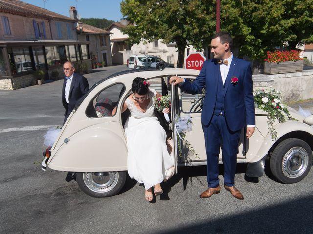 Le mariage de Jonathan et Stéphanie à Saint-Léon-sur-l'Isle, Dordogne 130