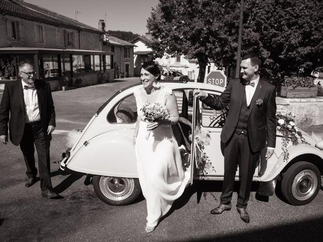 Le mariage de Jonathan et Stéphanie à Saint-Léon-sur-l'Isle, Dordogne 131