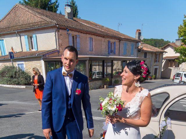 Le mariage de Jonathan et Stéphanie à Saint-Léon-sur-l'Isle, Dordogne 133