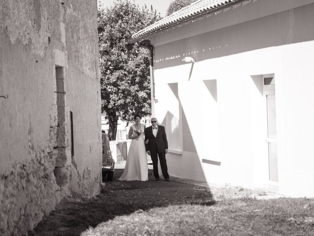 Le mariage de Jonathan et Stéphanie à Saint-Léon-sur-l'Isle, Dordogne 136