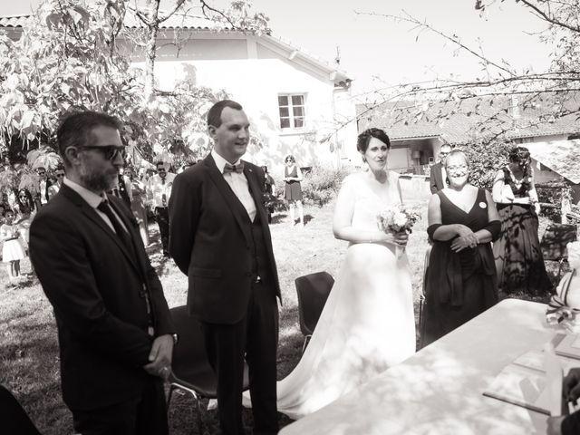 Le mariage de Jonathan et Stéphanie à Saint-Léon-sur-l'Isle, Dordogne 139