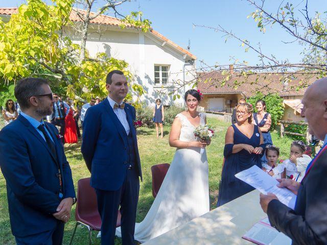 Le mariage de Jonathan et Stéphanie à Saint-Léon-sur-l'Isle, Dordogne 140