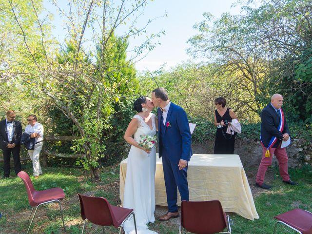 Le mariage de Jonathan et Stéphanie à Saint-Léon-sur-l'Isle, Dordogne 145