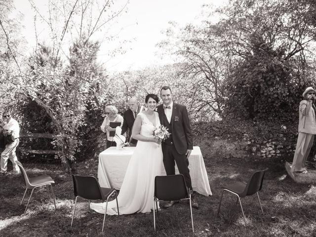Le mariage de Jonathan et Stéphanie à Saint-Léon-sur-l'Isle, Dordogne 146