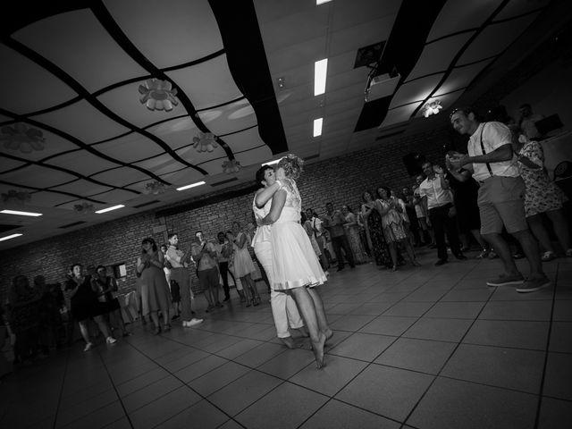 Le mariage de Magali et Nadège à Chaignay, Côte d'Or 2