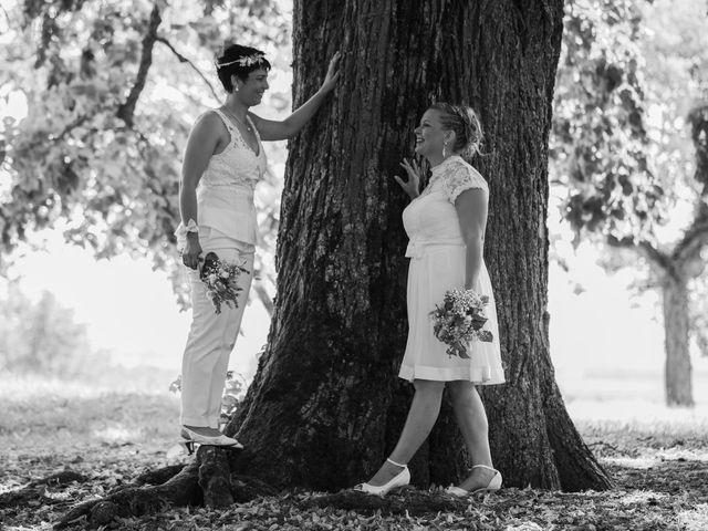 Le mariage de Magali et Nadège à Chaignay, Côte d'Or 28