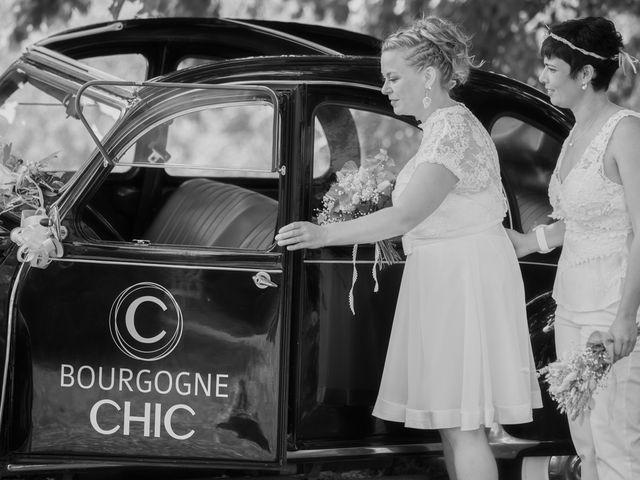 Le mariage de Magali et Nadège à Chaignay, Côte d'Or 34