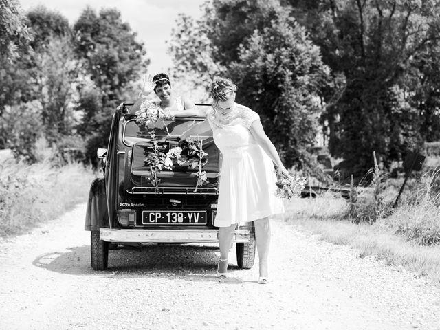 Le mariage de Magali et Nadège à Chaignay, Côte d'Or 37