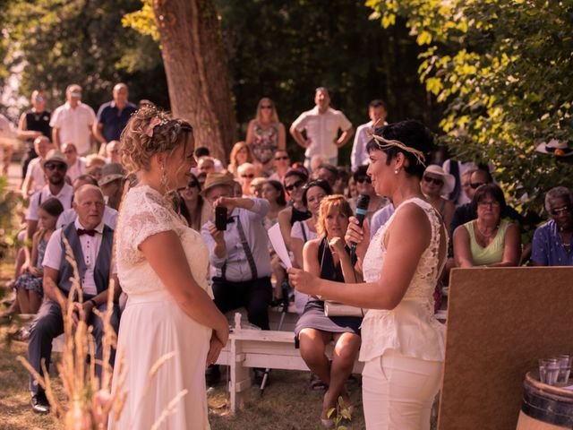 Le mariage de Magali et Nadège à Chaignay, Côte d'Or 51