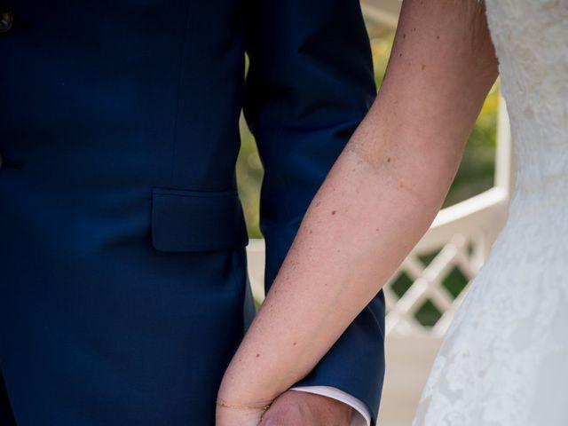 Le mariage de Laurent et Véronique à Guissény, Finistère 24