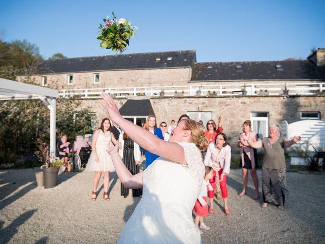 Le mariage de Laurent et Véronique à Guissény, Finistère 29