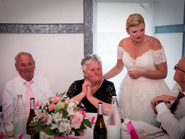 Le mariage de Laurent et Véronique à Guissény, Finistère 42