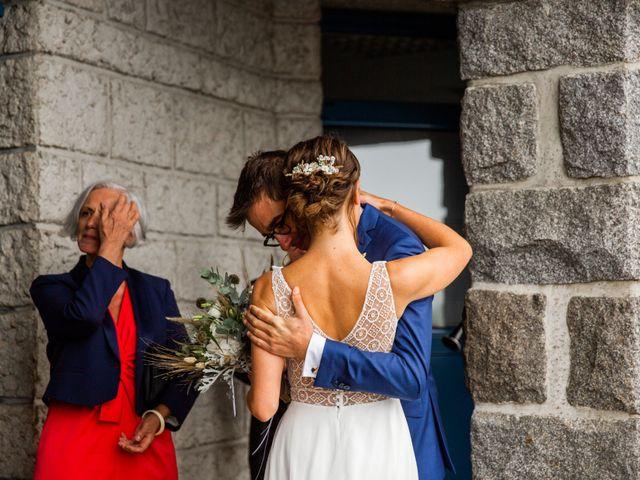 Le mariage de Juliette et Pierre à Rostrenen, Côtes d'Armor 3