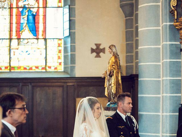 Le mariage de Julien et Deborah à Ornans, Doubs 23