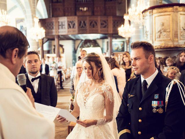 Le mariage de Julien et Deborah à Ornans, Doubs 26