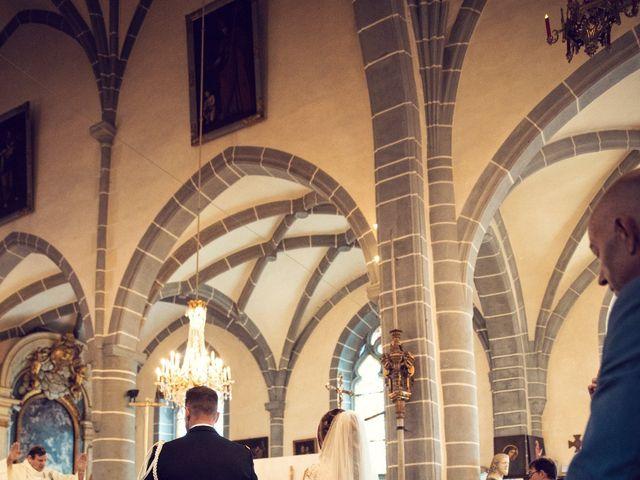 Le mariage de Julien et Deborah à Ornans, Doubs 29