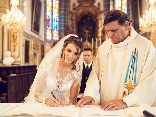 Le mariage de Julien et Deborah à Ornans, Doubs 32