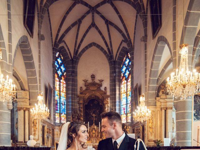 Le mariage de Julien et Deborah à Ornans, Doubs 33