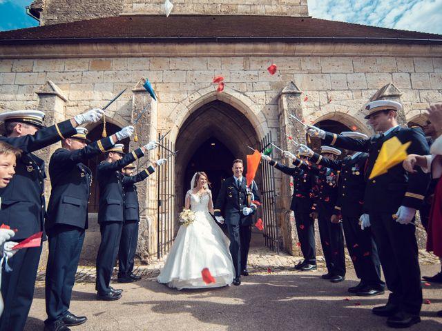 Le mariage de Julien et Deborah à Ornans, Doubs 34