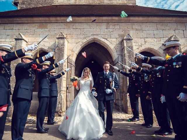 Le mariage de Julien et Deborah à Ornans, Doubs 1