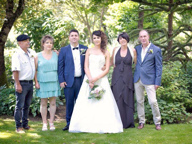 Le mariage de Stéphane et Pauline à Laneuville-au-Pont, Haute-Marne 14
