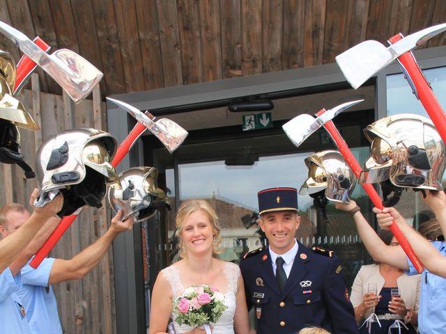 Le mariage de Damien et Anaïs à Saint-Martin-Lars-en-Sainte-Hermine, Vendée 4