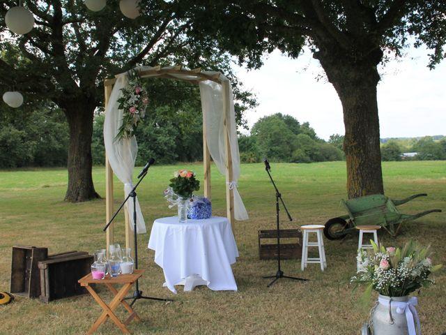 Le mariage de Damien et Anaïs à Saint-Martin-Lars-en-Sainte-Hermine, Vendée 6