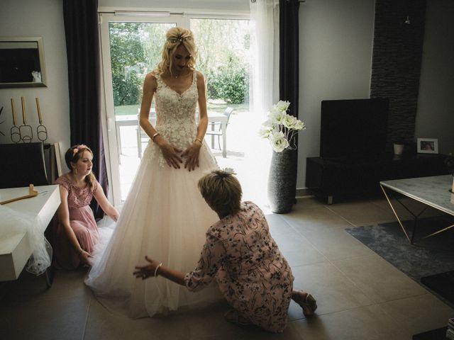 Le mariage de Florent et Laetitia à Dambelin, Doubs 18