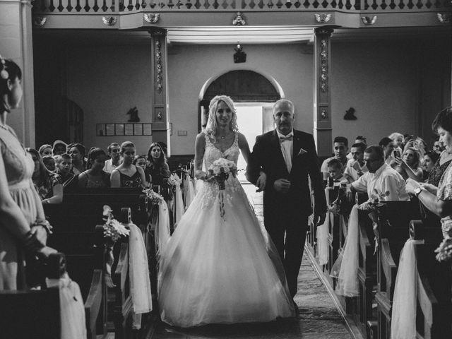 Le mariage de Florent et Laetitia à Dambelin, Doubs 25