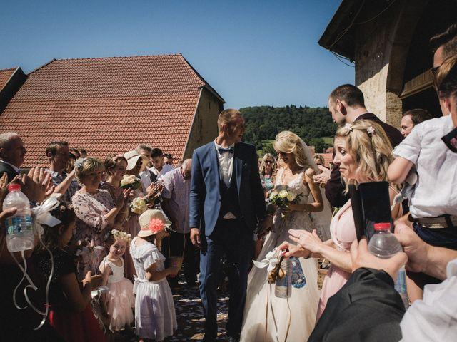 Le mariage de Florent et Laetitia à Dambelin, Doubs 31