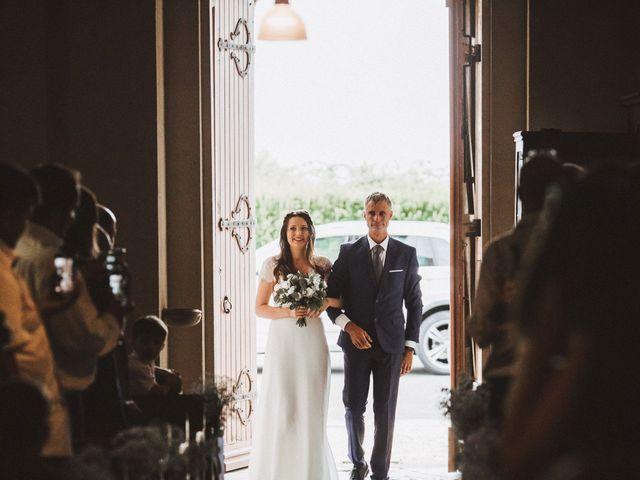 Le mariage de Miguel et Emilie à Cauvicourt, Calvados 34