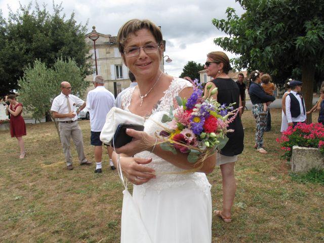 Le mariage de Richard et Nadia à Cherves Richemont, Charente 20