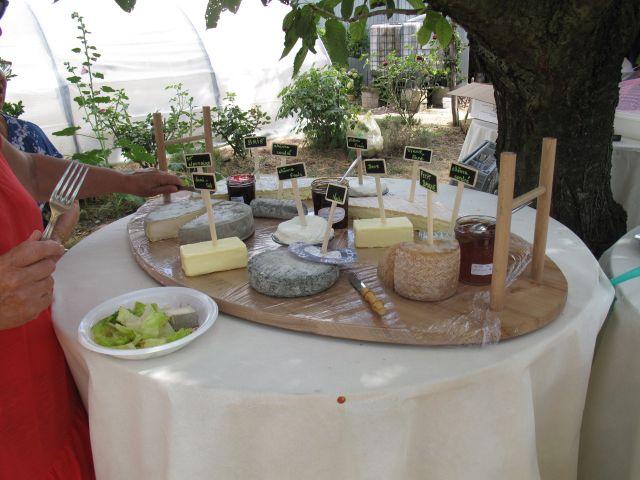 Le mariage de Richard et Nadia à Cherves Richemont, Charente 28
