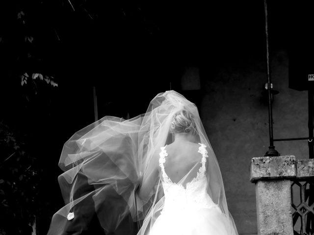 Le mariage de Charles et Camille à Uchaux, Vaucluse 84
