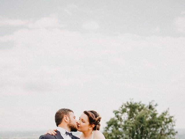 Le mariage de Gauryan et Charlène à Viré, Saône et Loire 10