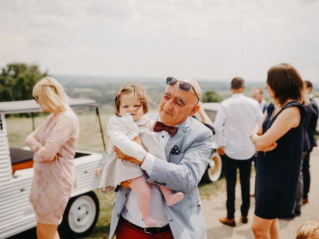 Le mariage de Gauryan et Charlène à Viré, Saône et Loire 18