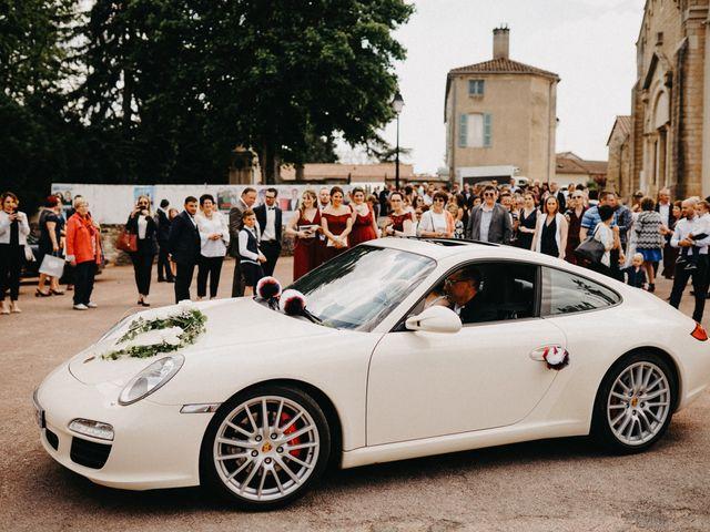 Le mariage de Gauryan et Charlène à Viré, Saône et Loire 40