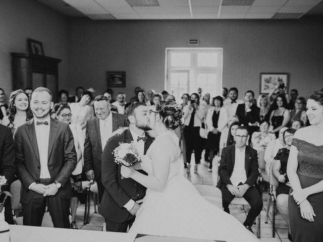Le mariage de Gauryan et Charlène à Viré, Saône et Loire 42