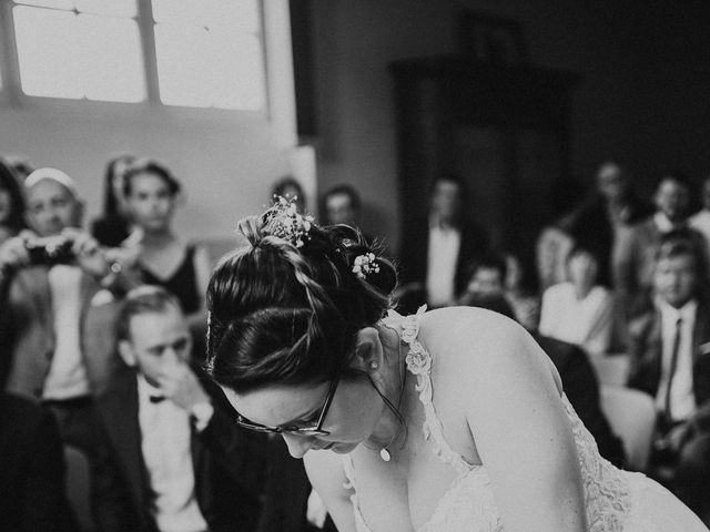 Le mariage de Gauryan et Charlène à Viré, Saône et Loire 43
