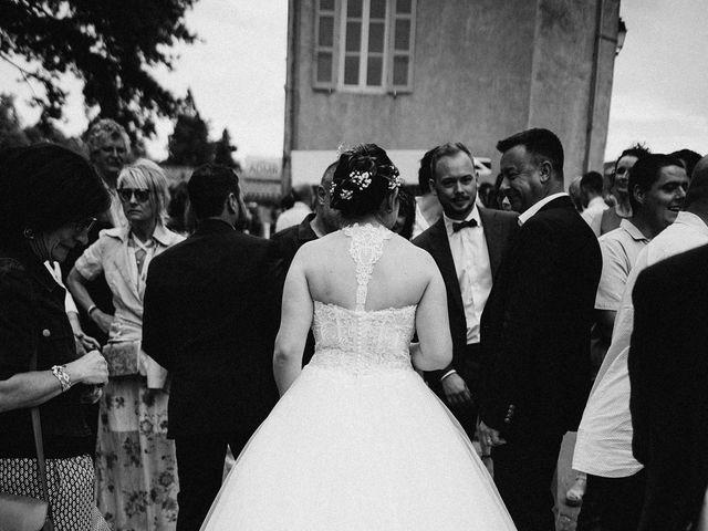 Le mariage de Gauryan et Charlène à Viré, Saône et Loire 60