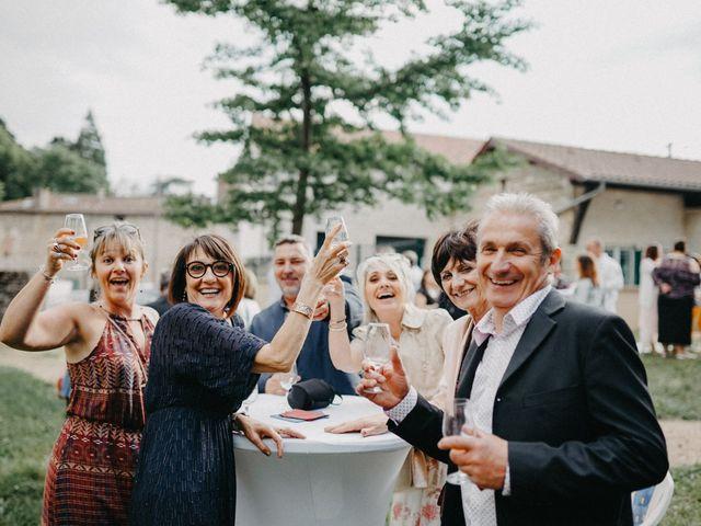 Le mariage de Gauryan et Charlène à Viré, Saône et Loire 78