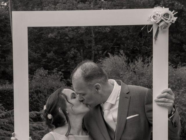 Le mariage de Bruce et Milène à La Ferté-Saint-Aubin, Loiret 12