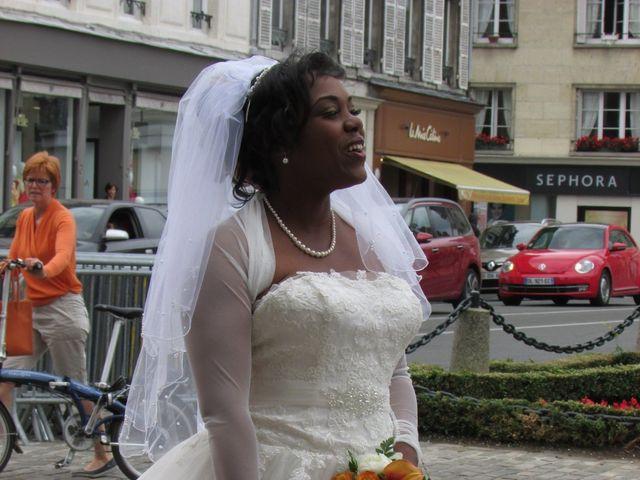 Le mariage de Angela et Gaëtan à Roye-sur-Matz, Oise 7