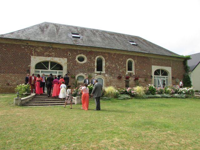 Le mariage de Angela et Gaëtan à Roye-sur-Matz, Oise 10