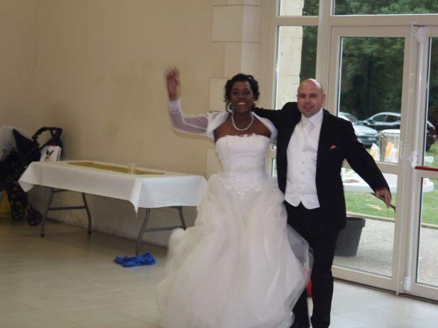 Le mariage de Angela et Gaëtan à Roye-sur-Matz, Oise 13